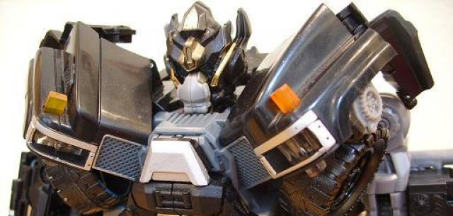 Leader-class Autobot Ironhide