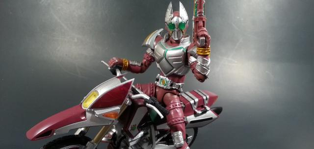 Kamen Rider Garren and Red Rhombus