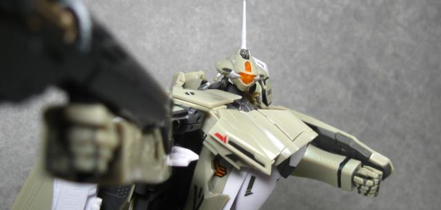 VF-25A Messiah Valkyrie General Use Type
