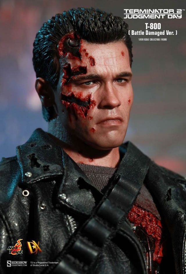 Mms Dx 13 T 800 Battle Damaged Ver By Hot Toys