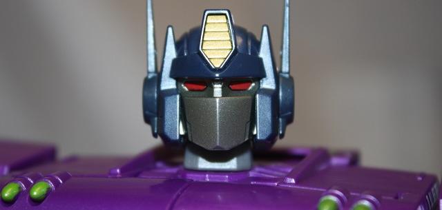 Shattered Glass Optimus Prime