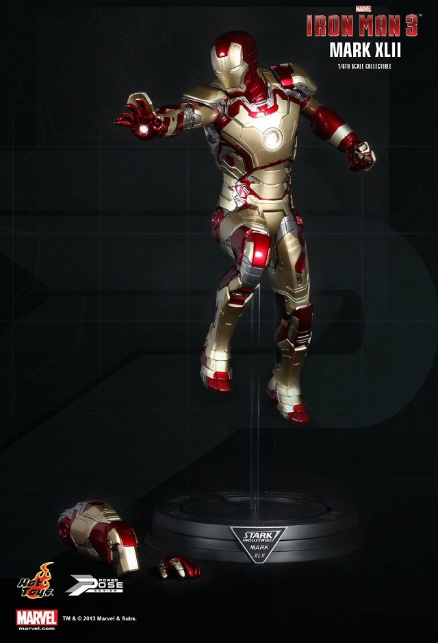 iron man 3 power pose mark xlii by hot toys collectiondx