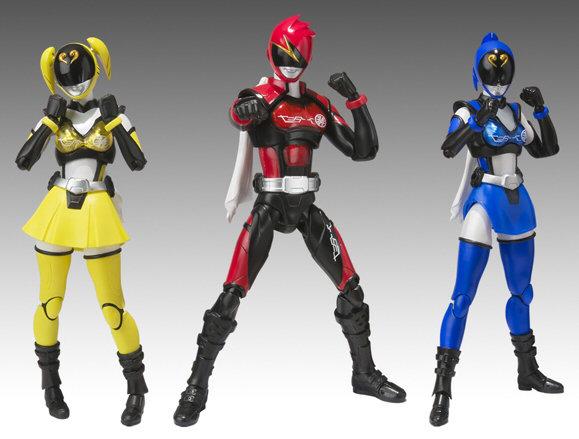 Hikōnin Sentai Akibaranger (le Sentai Otaku non-officiel!)  SHFIGUARTS_AKIBARANGER_JUNE2012_BANDAI_3360_0
