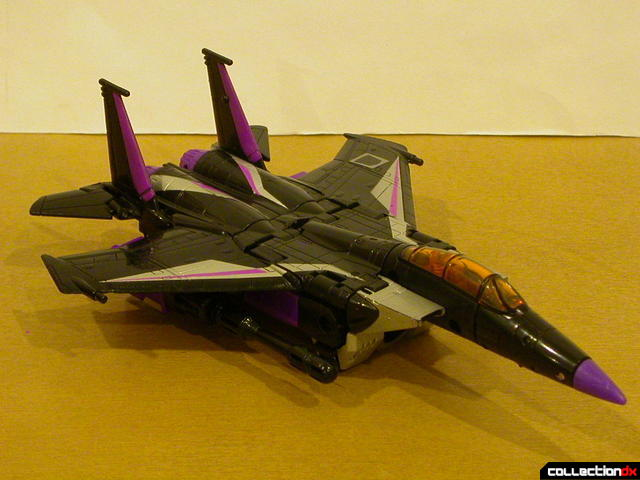 Decepticon Skywarp- vehicle mode (front)