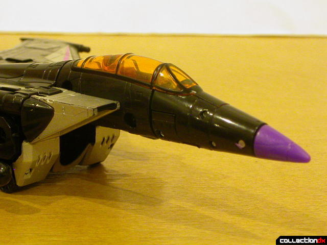 Decepticon Skywarp- vehicle mode (nose detail)