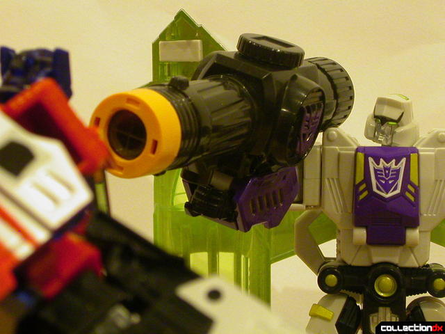 Decepticon Megatron- robot mode ('Um- what was that about freedom you said...?')