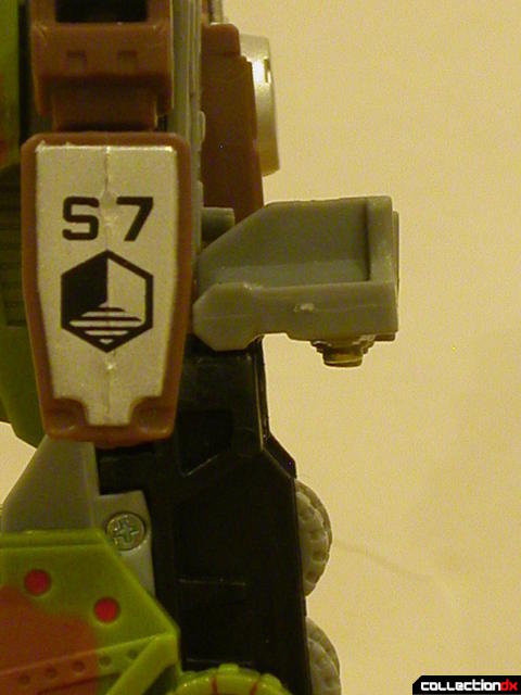 Autobot Signal Flare- robot mode (bumpers extended behind hips)