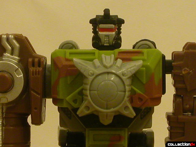 Autobot Signal Flare- robot mode (chest with Energon crystal attached)