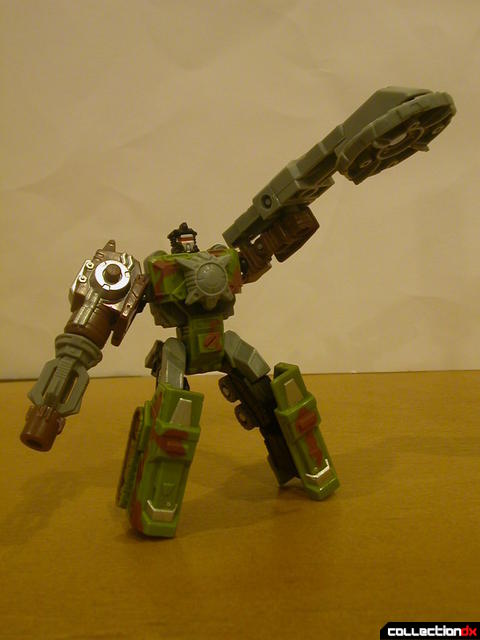 Autobot Signal Flare- robot mode posed (with Energon accessories)