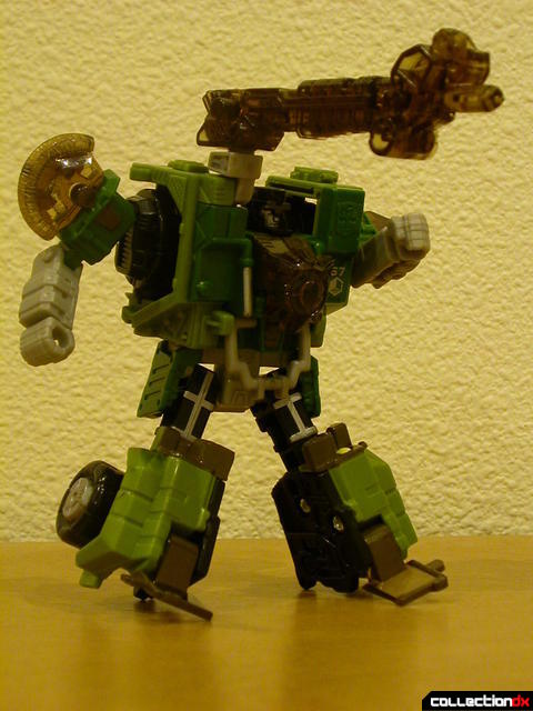 Autobot Strongarm- robot mode posed (Energon accessories attached)