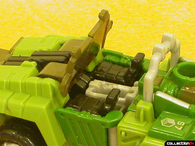 Autobot Strongarm- vehicle mode (seats detail)