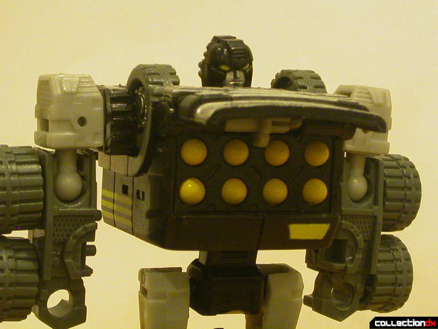 Autobot Armorhide- robot mode (Planet Key feature activated)