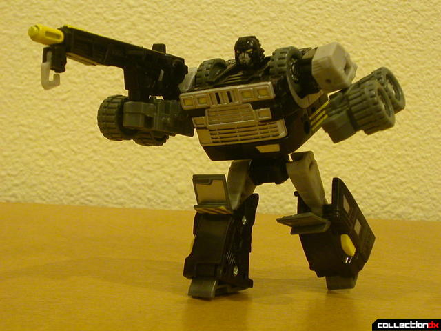 Autobot Armorhide- robot mode posed (2)