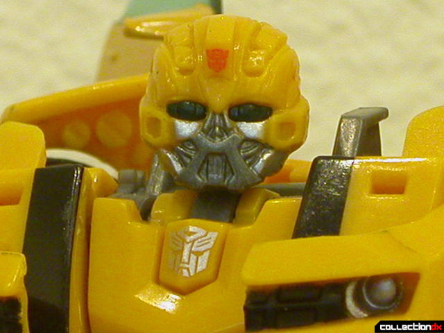 Battle Scenes Autobot Bumblebee- robot mode (head detail)