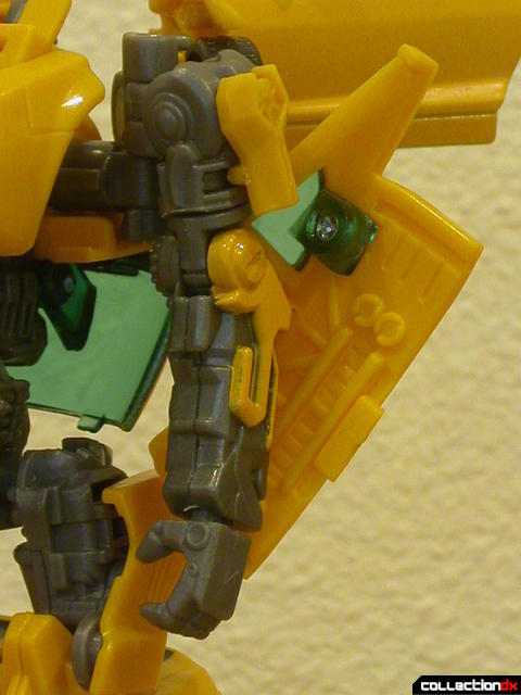 Battle Scenes Autobot Bumblebee- robot mode (left arm detail)