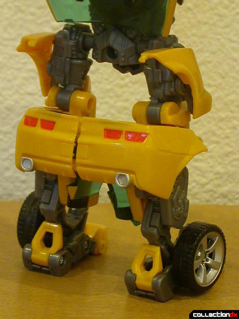 Battle Scenes Autobot Bumblebee- robot mode (legs detail, back)
