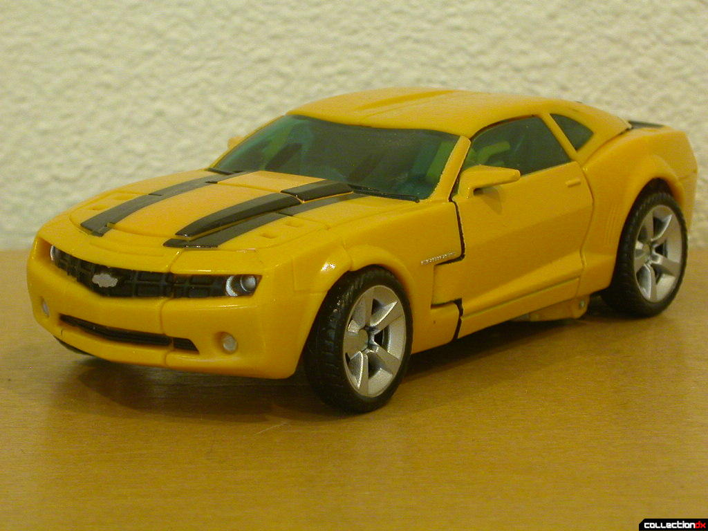 Battle Scenes Autobot Bumblebee- vehicle mode (front)
