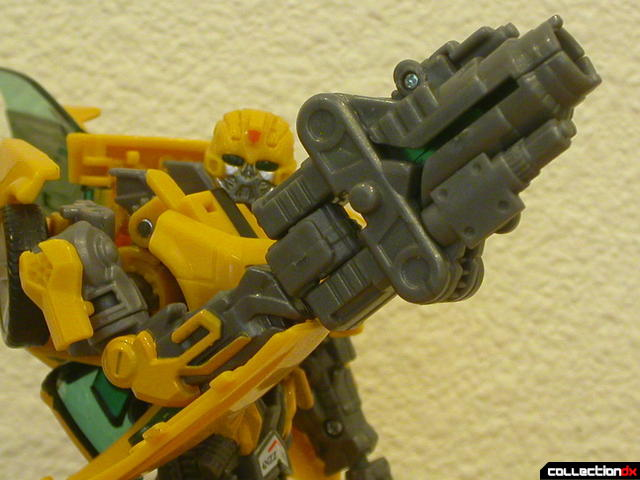 Battle Scenes Autobot Bumblebee- weapon detail