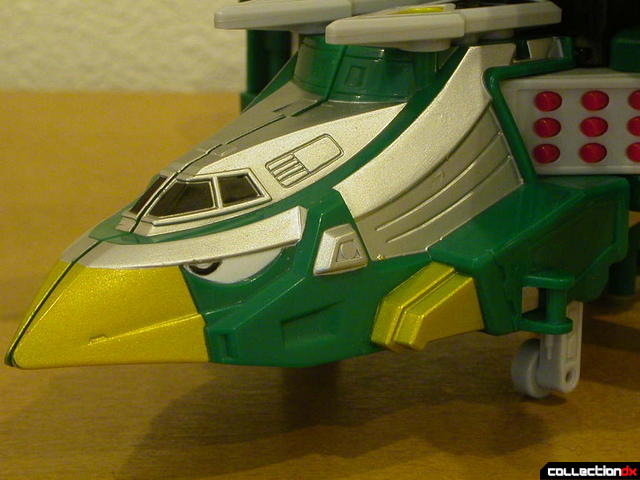 Deluxe Samurai Star Lightning Megazord -Chopper Mode (nose detail)