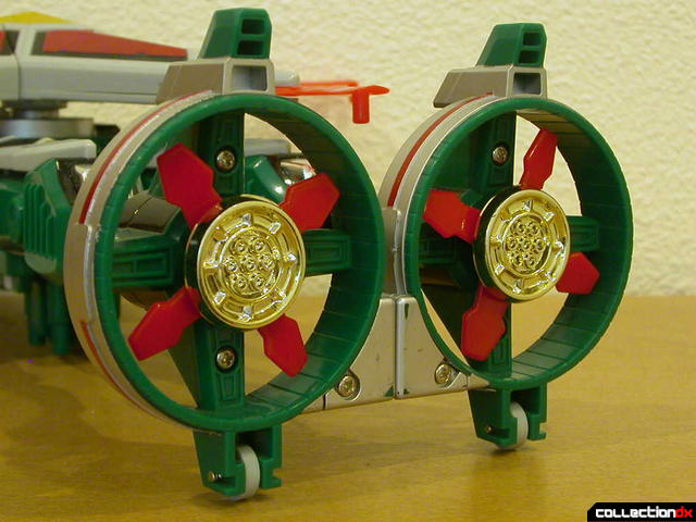 Deluxe Samurai Star Lightning Megazord -Chopper Mode (small rotors and engines detail)