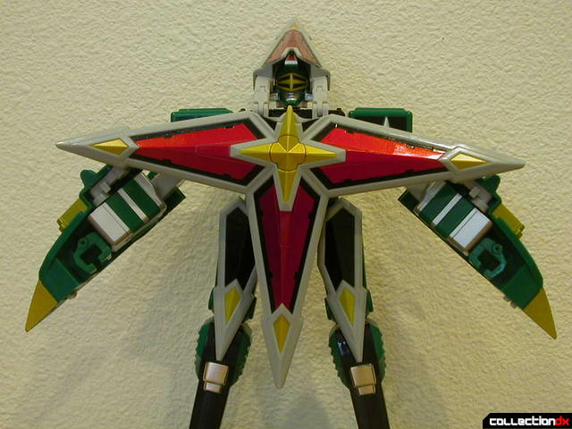 Deluxe Samurai Star Lightning Megazord -Megazord Mode (arms splayed, with chest armor)