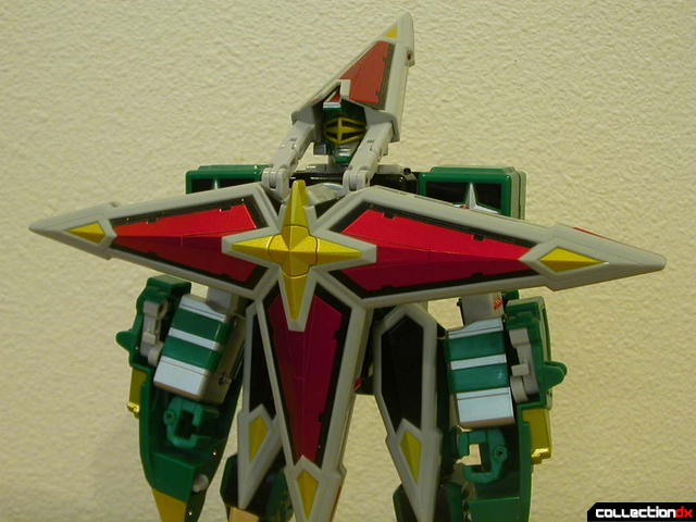 Deluxe Samurai Star Lightning Megazord -Megazord Mode (torso detail, with chest armor)