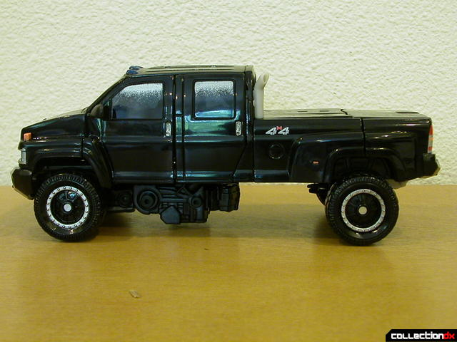 Premium series Autobot Ironhide- vehicle mode (left side, without cannons)