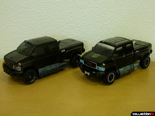 Voyager-class Ironhide- original release (left) and Premium repaint (right)