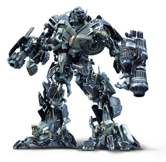Ironhide (standing with cannons deployed)