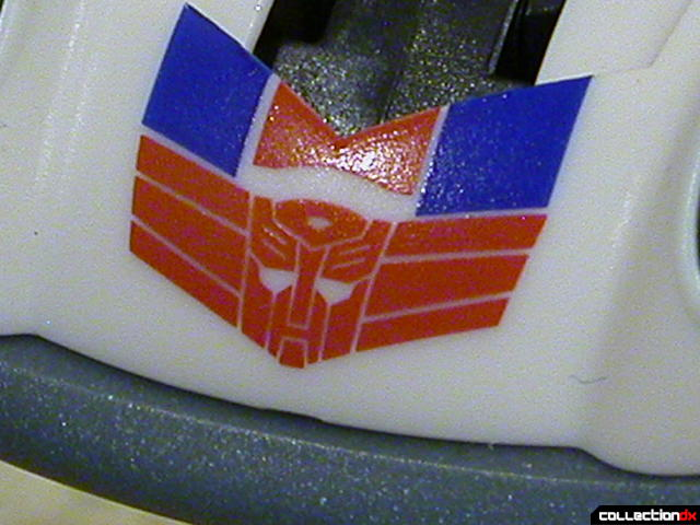 Autobot Jazz- robot mode (Autobot Elite Guard logo close-up)