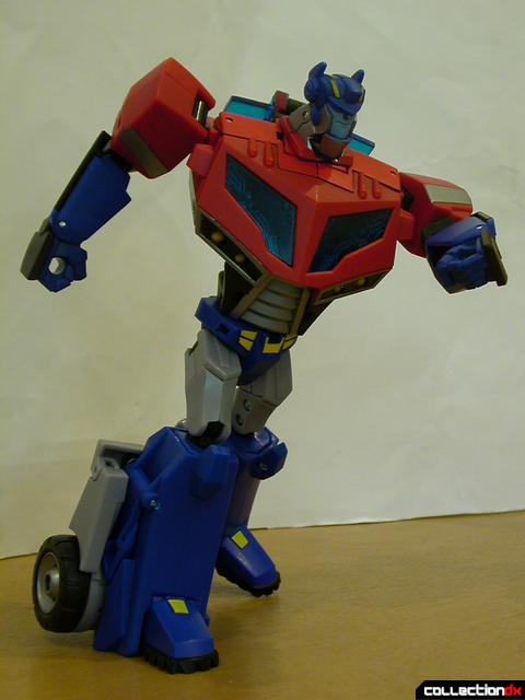 Autobot Optimus Prime- robot mode posed (1)