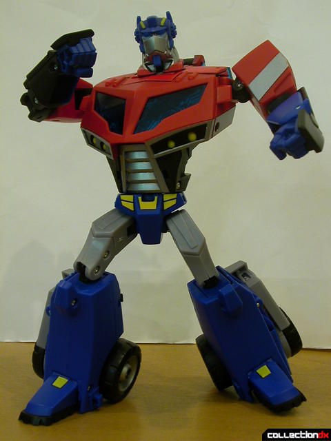 Autobot Optimus Prime- robot mode posed (2)