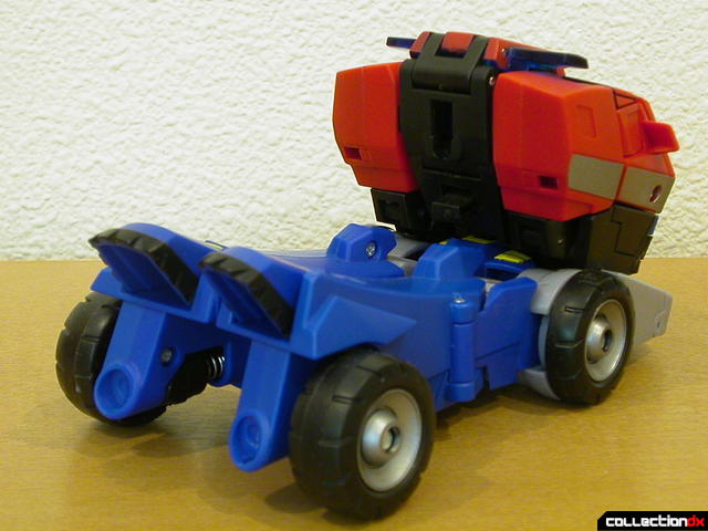 Autobot Optimus Prime- vehicle mode (back)