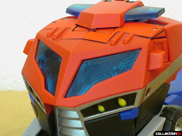 Autobot Optimus Prime- vehicle mode (cab detail, front)