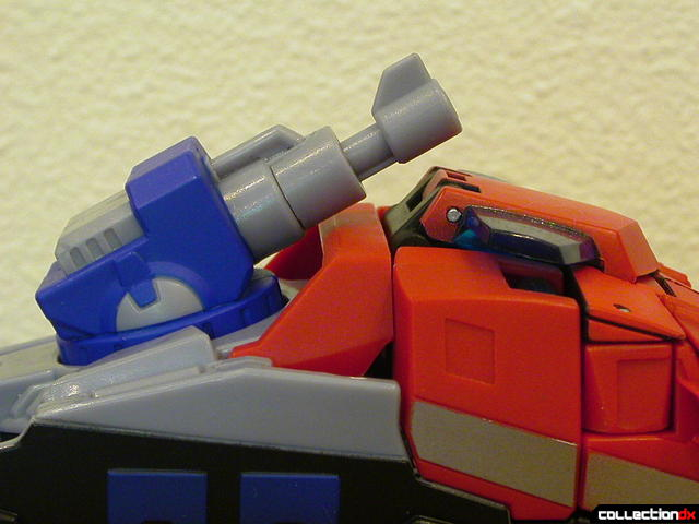 Autobot Optimus Prime- vehicle mode (Water Cannon twisted forward)