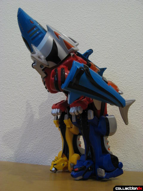 Transforming Fury Megazord Set- Jungle Pride Megazord with Shark Power posed (1)
