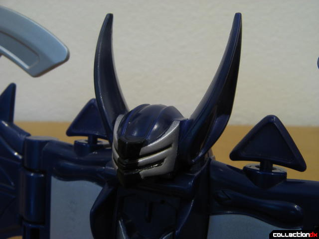 Transforming Fury Megazord Set- Violet Bat (head detail)