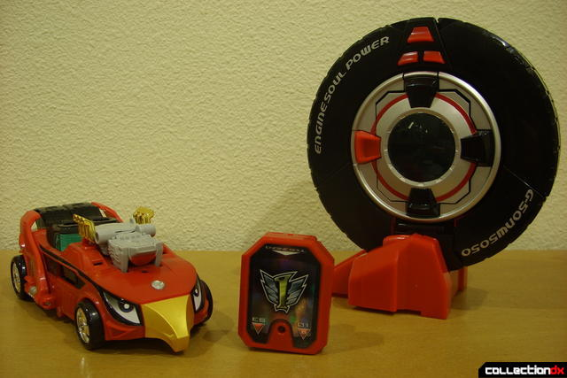 DX Soukou Sharin Go-Roader GT (R) and Engine Speedor's Engine Cast and Soul (C and L)