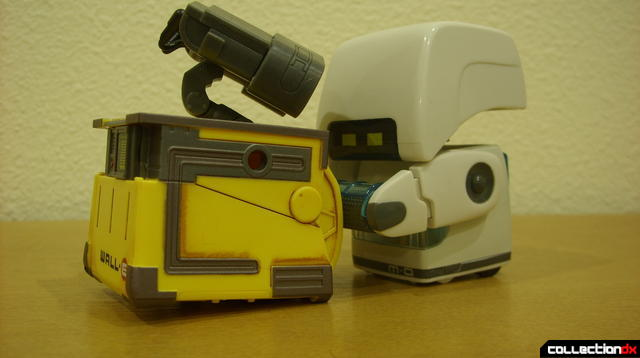 Clean-N-Go M-O brushing U-Repair WALL-E (inspired by movie scene)