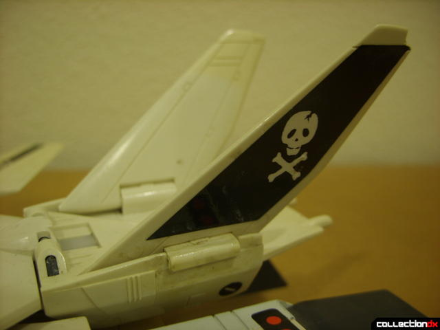 VF-1S Valkyrie - Fighter Mode (V-tails detail)