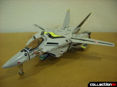 Origin of Valkyrie VF-1S Valkyrie- Fighter Mode (front)