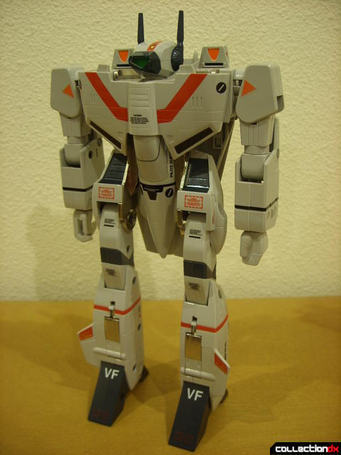 Origin of Valkyrie VF-1J Valkyrie- Battroid Mode (front)