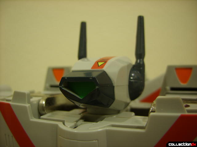 Origin of Valkyrie VF-1J Valkyrie- Battroid Mode (head detail)