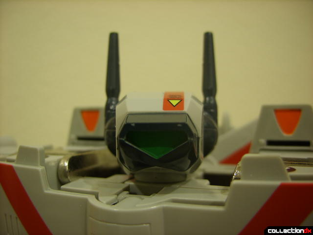 Origin of Valkyrie VF-1J Valkyrie- Battroid Mode (looking at ya)
