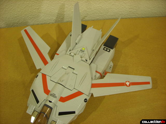 Origin of Valkyrie VF-1J Valkyrie- Fighter Mode (wings open normal)
