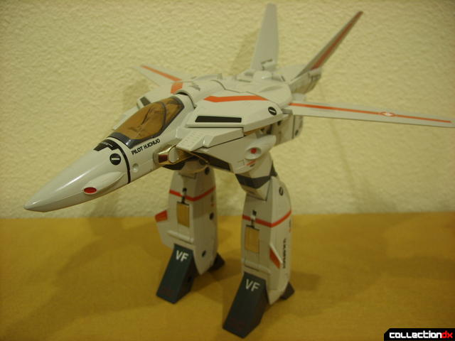 Origin of Valkyrie VF-1J Valkyrie- GERWALK Mode (with arms retracted)