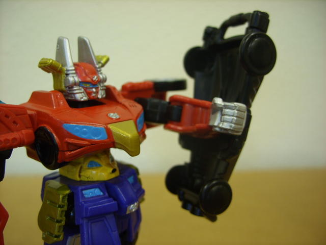 Retrofire High Octane Megazord (shield attached)(2)