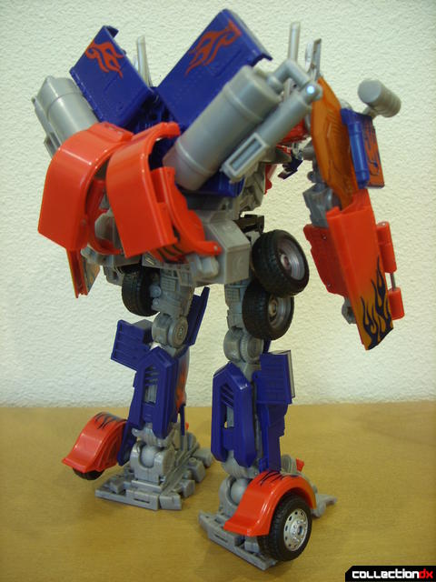 Leader-class Autobot Optimus Prime- robot mode (back)