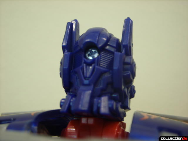 Leader-class Autobot Optimus Prime- robot mode (head detail, back view)