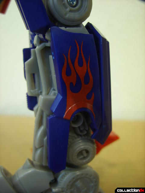 Leader-class Autobot Optimus Prime- robot mode (panel on inner-right lower leg)